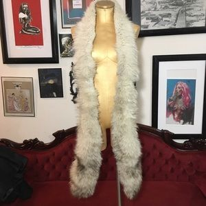 "Accessories - Vintage authentic fur scarf 90"" I believe fox fur"